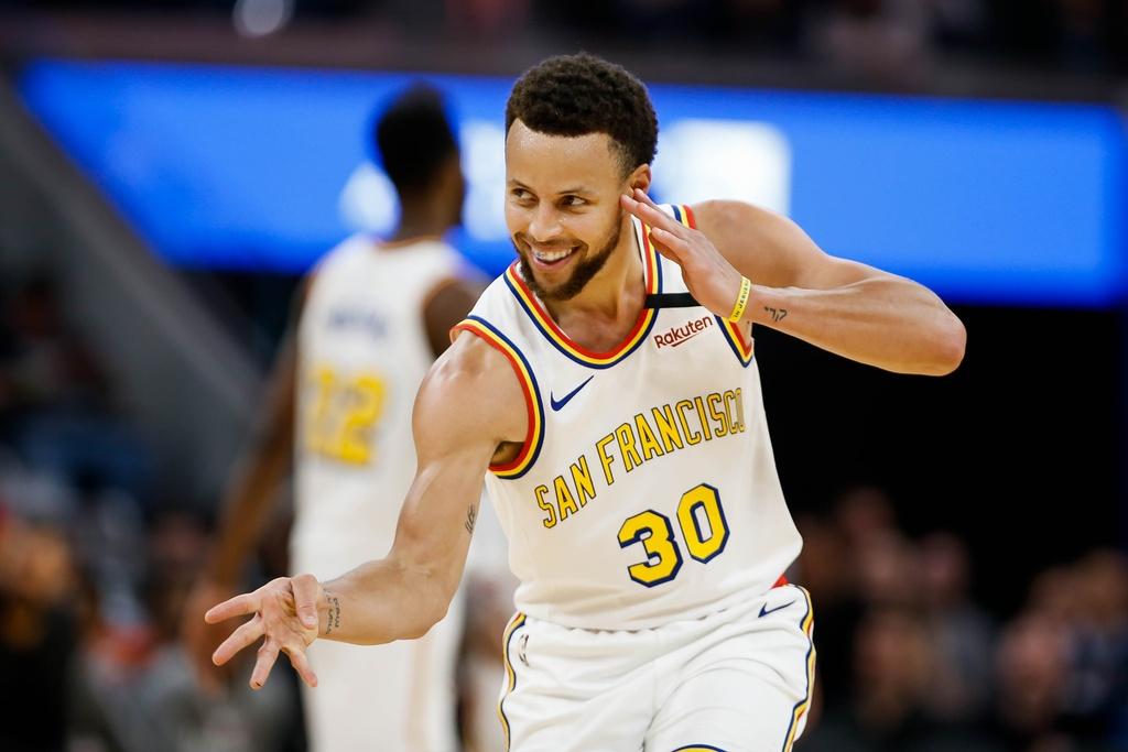 Stephen Curry, LeBron James va nhung cau thu huong luong cao nhat NBA hinh anh 10 h.jpg