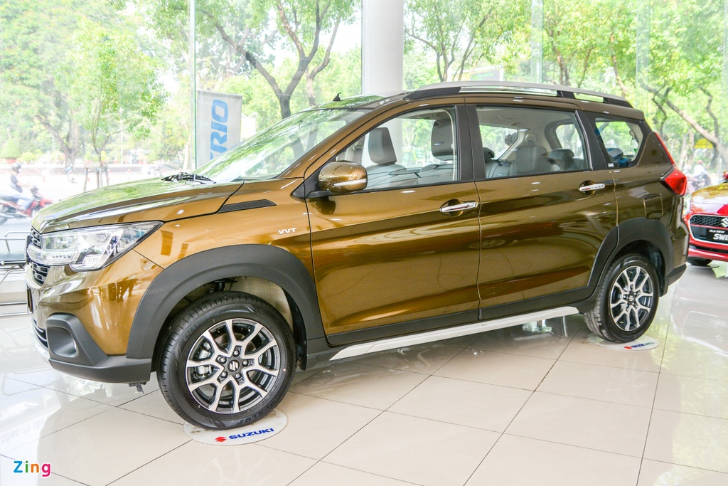 so sanh Suzuki XL7 va Suzuki Ertiga anh 1