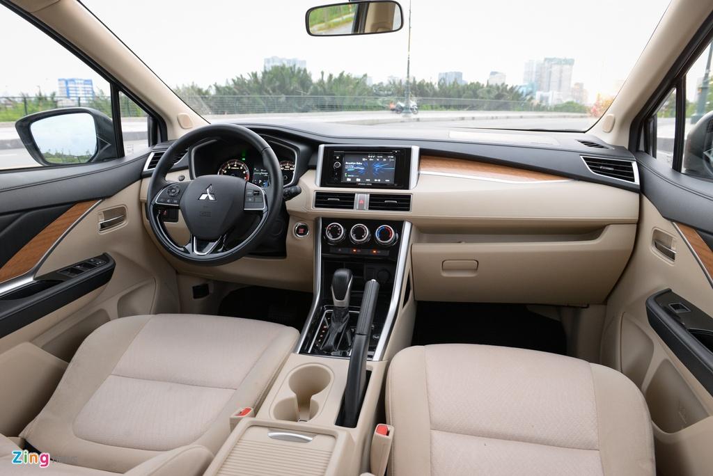 Suzuki XL7 va Mitsubishi Xpander - tan binh doi dau 'vua' phan khuc hinh anh 11 Mitsubishi_Xpander_Review_zing_3.jpg