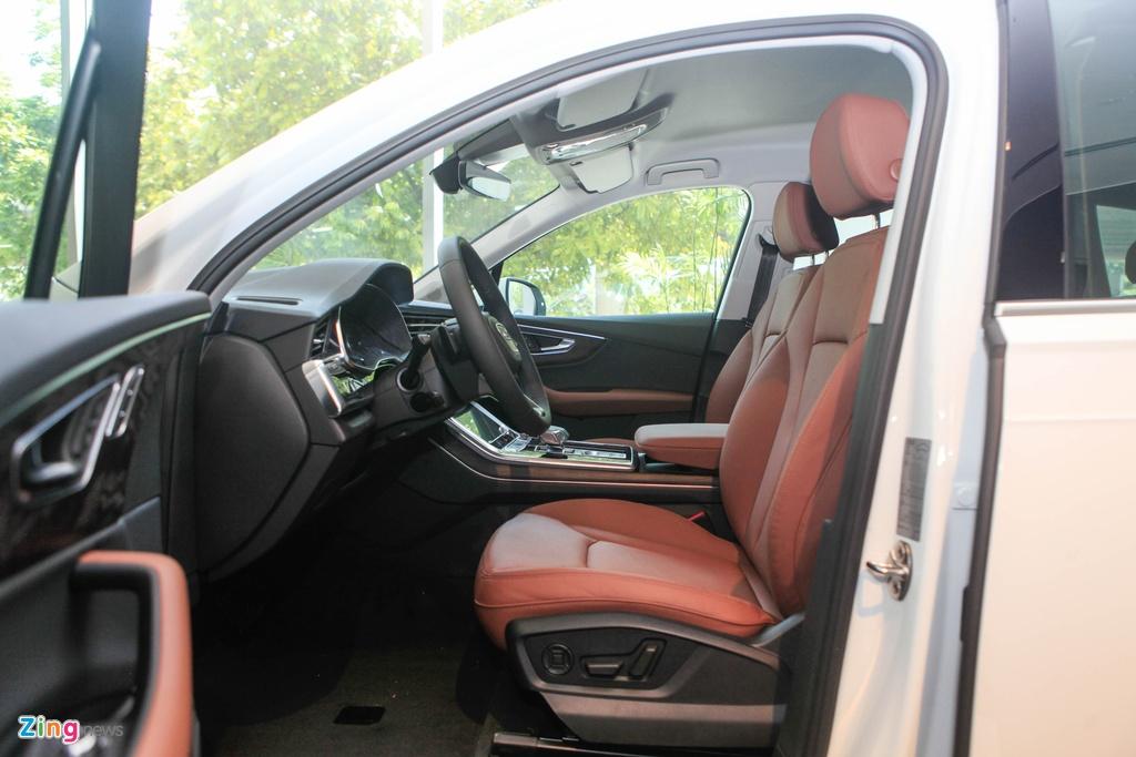 Audi Q7 va Mercedes-Benz GLE - chon SUV sang nao voi hon 4 ty dong? hinh anh 9 Audi_Q7_2020_zing_11.jpg