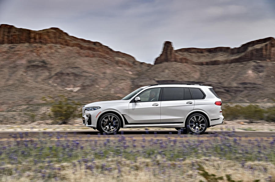Danh gia BMW X7 M50i anh 10