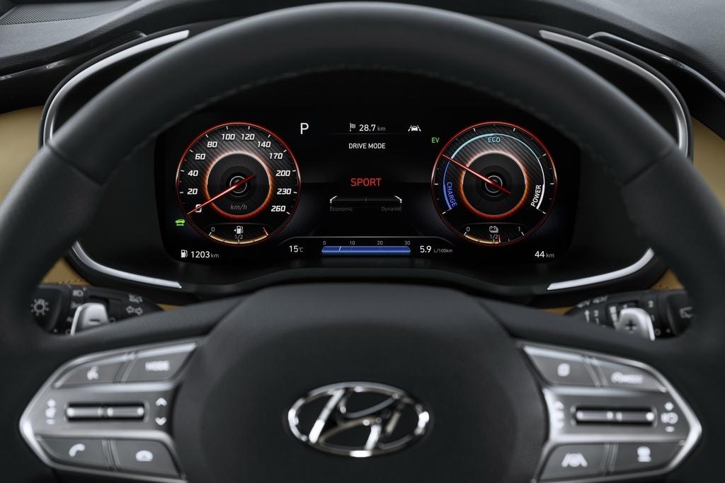 So sanh Toyota Fortuner va Hyundai Santa Fe moi anh 9