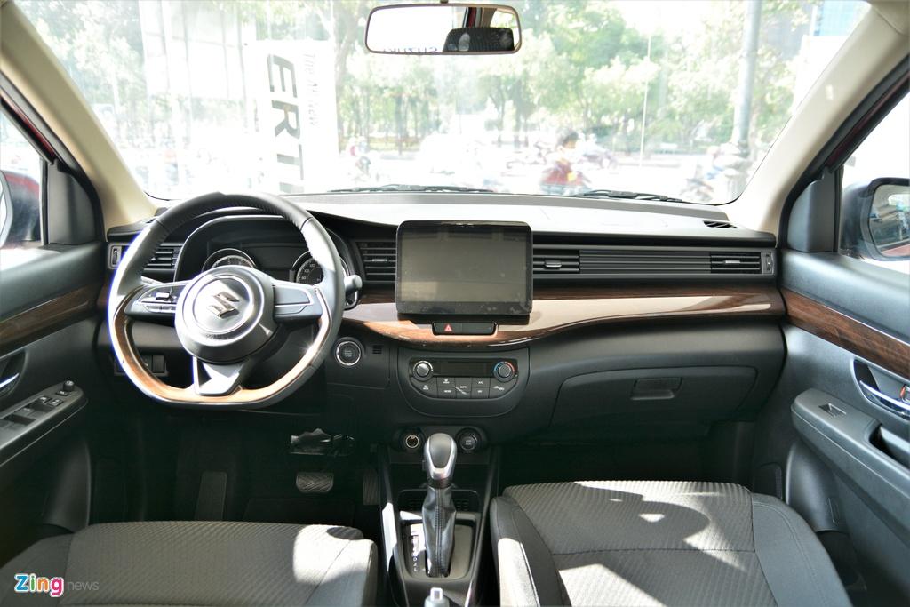 so sanh Suzuki XL7 va Suzuki Ertiga anh 11
