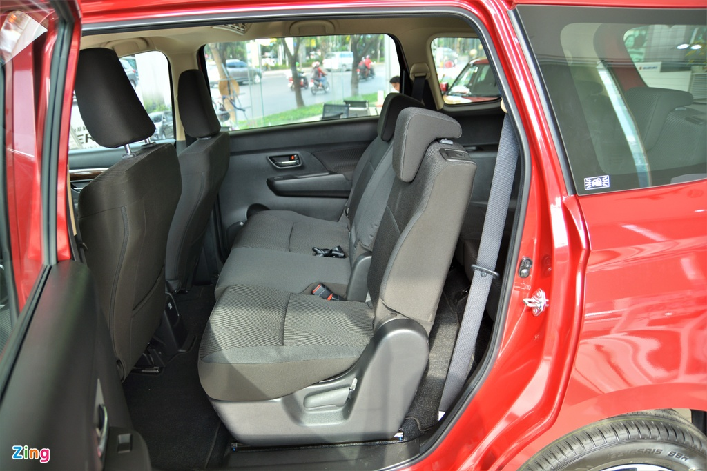 so sanh Suzuki XL7 va Suzuki Ertiga anh 13