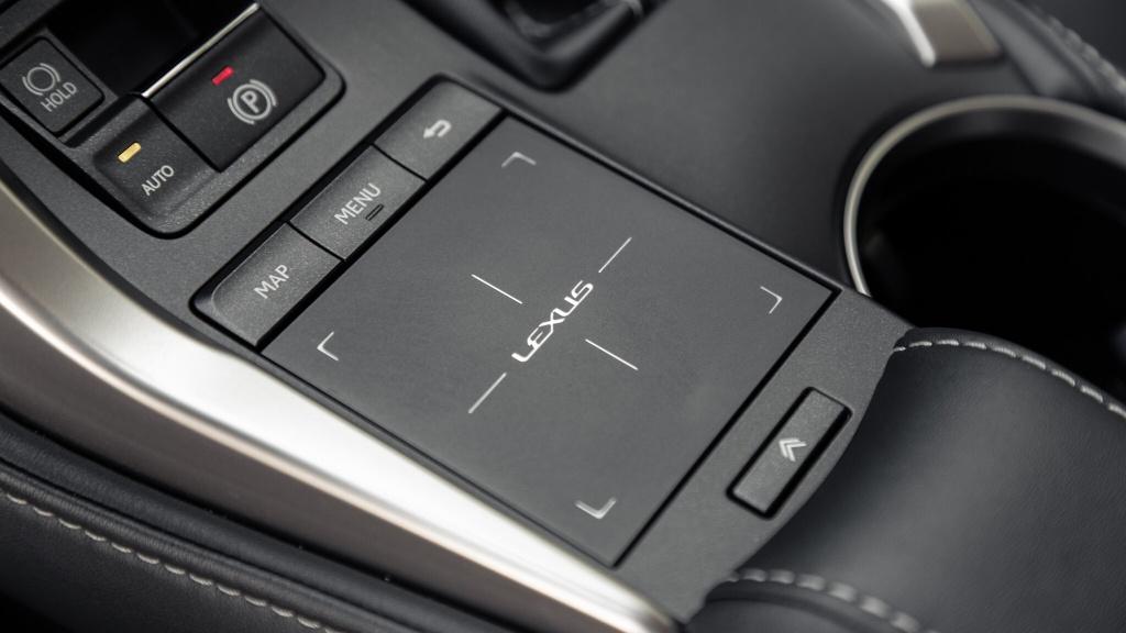 Danh gia Lexus NX 300h 2020 anh 6