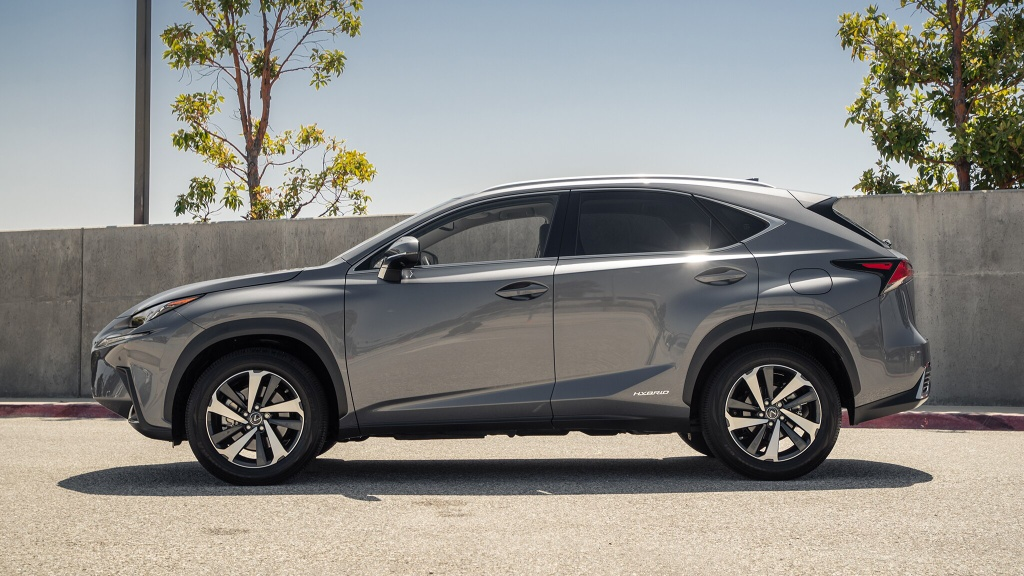 Danh gia Lexus NX 300h 2020 anh 4