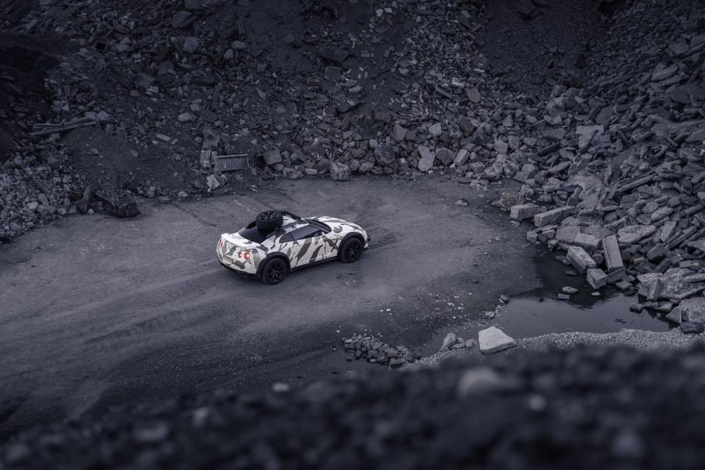 Nissan GT-R Godzilla 2.0 do off-road 600 ma luc anh 13
