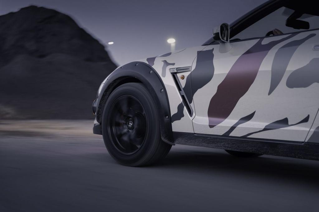 Nissan GT-R Godzilla 2.0 do off-road 600 ma luc anh 9