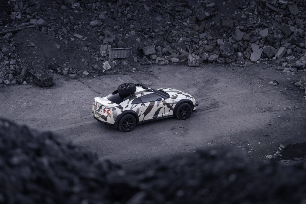 Nissan GT-R Godzilla 2.0 do off-road 600 ma luc anh 6