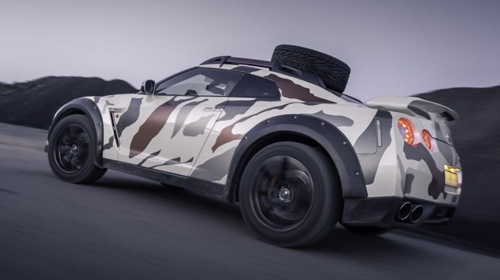 Nissan GT-R Godzilla 2.0 do off-road 600 ma luc anh 2