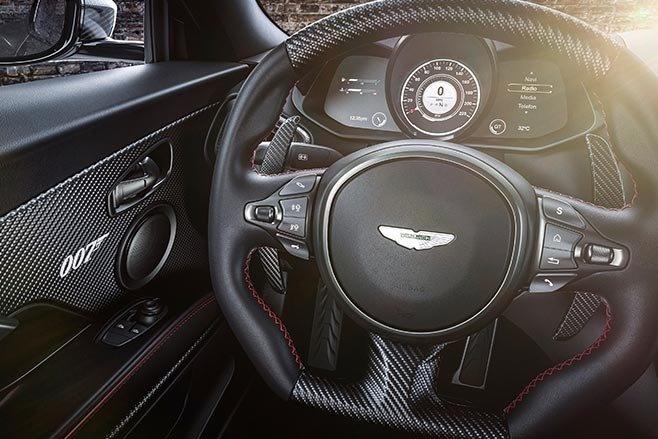 Aston Martin Vantage va DBS Superleggera ban diep vien 007 anh 22