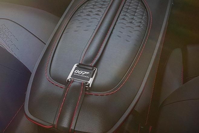 Aston Martin Vantage va DBS Superleggera ban diep vien 007 anh 23