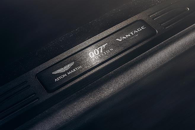 Aston Martin Vantage va DBS Superleggera ban diep vien 007 anh 13
