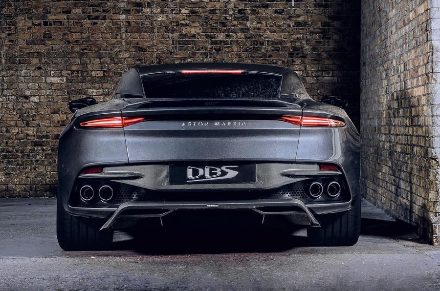 Aston Martin Vantage va DBS Superleggera ban diep vien 007 anh 19