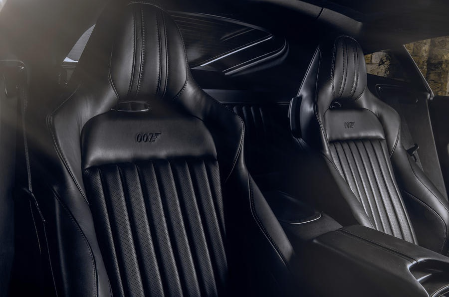 Aston Martin Vantage va DBS Superleggera ban diep vien 007 anh 11