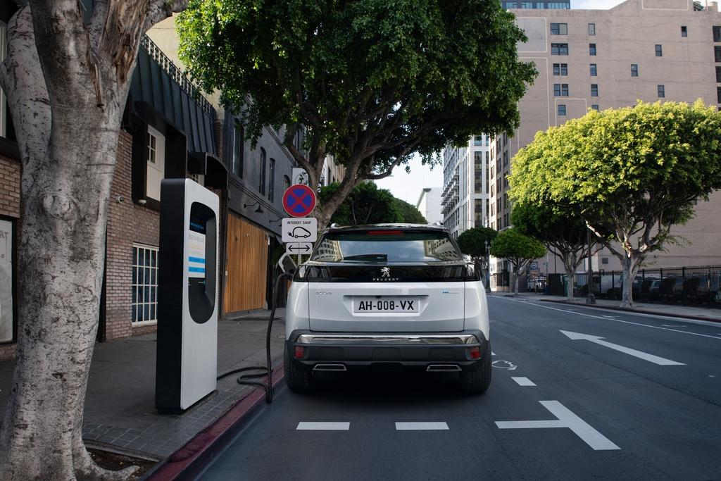 Peugeot 3008 2020 ra mat - thiet ke moi,  them cong nghe anh 21