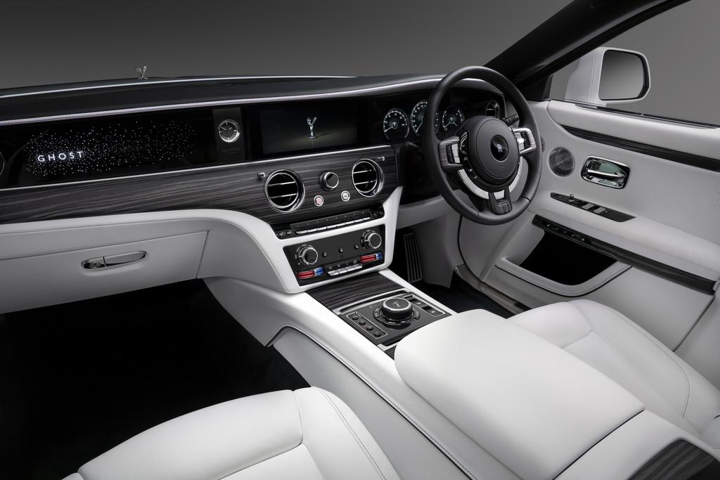 Rolls-Royce Ghost 2021 trinh lang,  gia tu 332.500 USD anh 8
