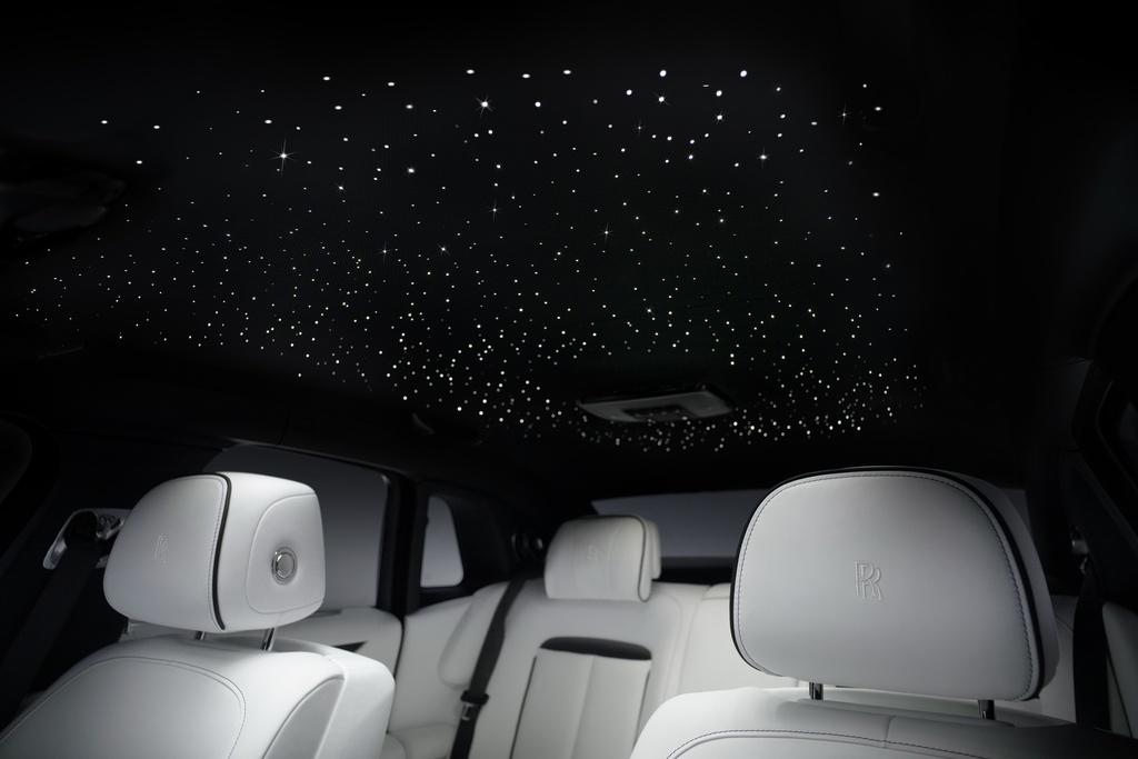 Rolls-Royce Ghost 2021 trinh lang,  gia tu 332.500 USD anh 12