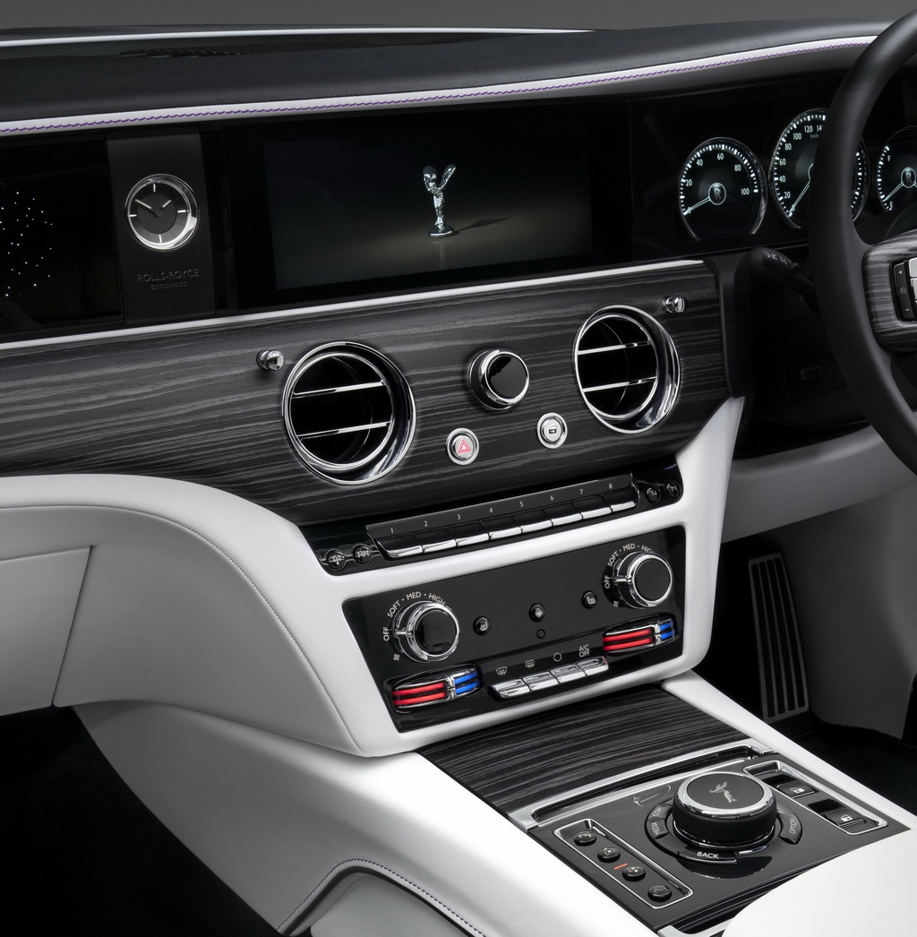 Rolls-Royce Ghost 2021 trinh lang,  gia tu 332.500 USD anh 14
