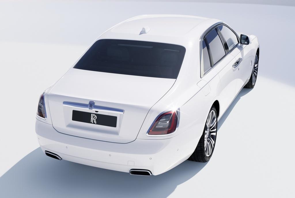 Rolls-Royce Ghost 2021 trinh lang,  gia tu 332.500 USD anh 7