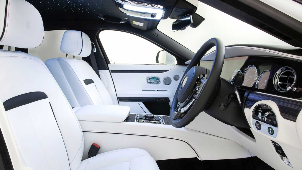 Rolls-Royce Ghost 2021 trinh lang,  gia tu 332.500 USD anh 9