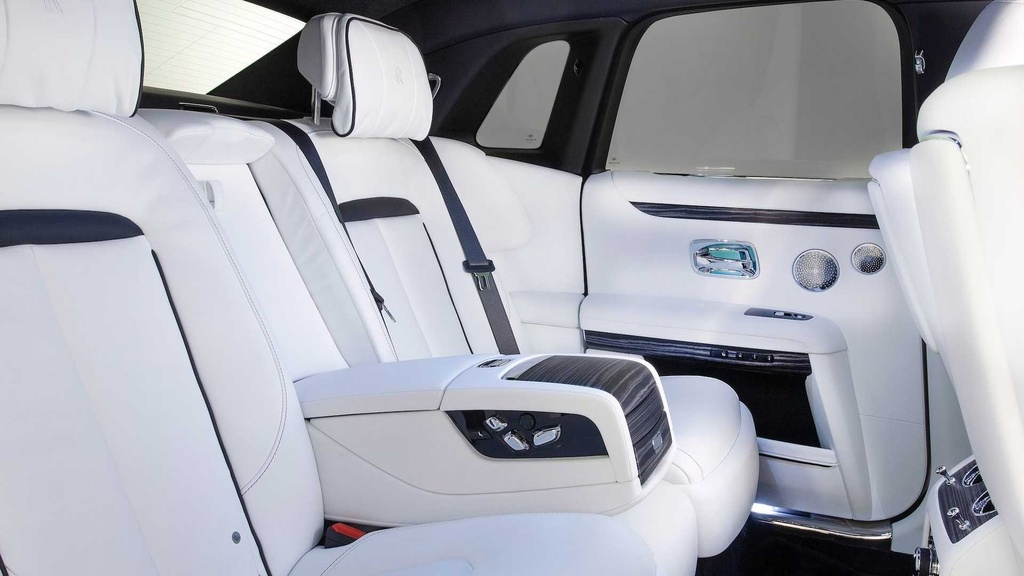Rolls-Royce Ghost 2021 trinh lang,  gia tu 332.500 USD anh 10