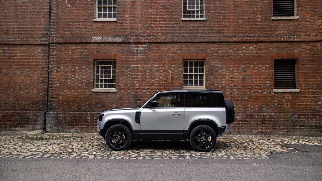 Land Rover Defender 2021 ra mat anh 4