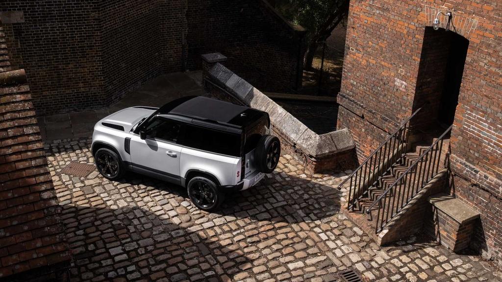 Land Rover Defender 2021 ra mat anh 6