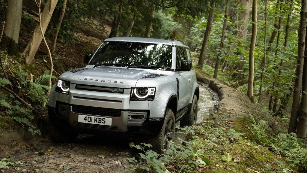 Land Rover Defender 2021 ra mat anh 13