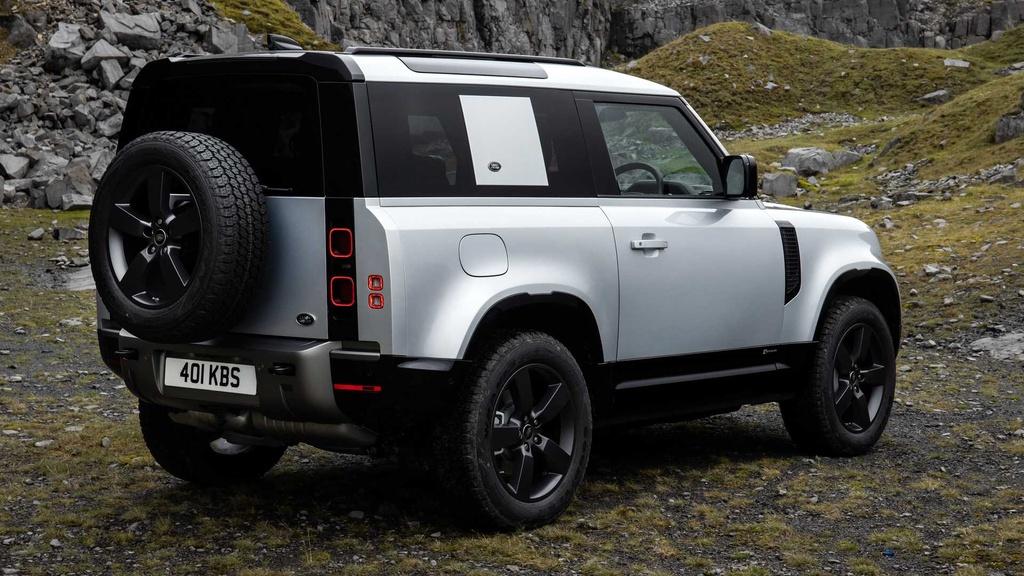 Land Rover Defender 2021 ra mat anh 8