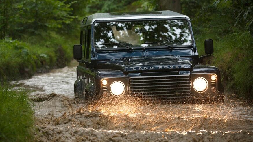 Dong xe Land Rover Defender thay doi ra sao sau hon 70 nam anh 16