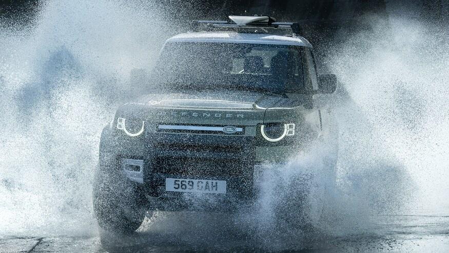 Dong xe Land Rover Defender thay doi ra sao sau hon 70 nam anh 23