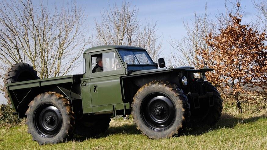 Dong xe Land Rover Defender thay doi ra sao sau hon 70 nam anh 7