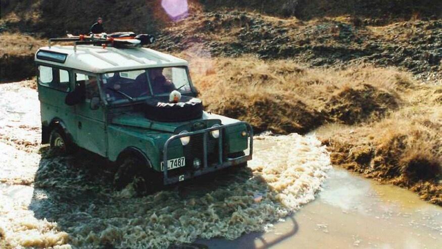 Dong xe Land Rover Defender thay doi ra sao sau hon 70 nam anh 4