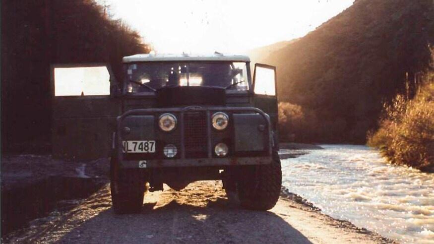 Dong xe Land Rover Defender thay doi ra sao sau hon 70 nam anh 2