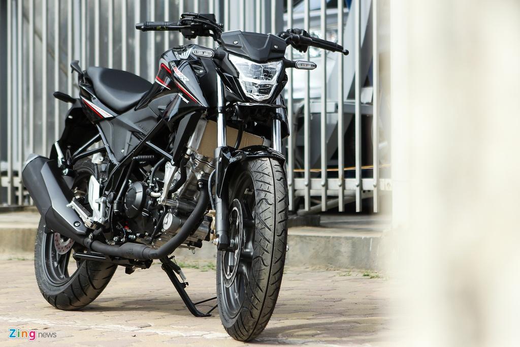 Can canh naked bike 150 phan khoi cua Honda moi ve Ha Noi hinh anh 2