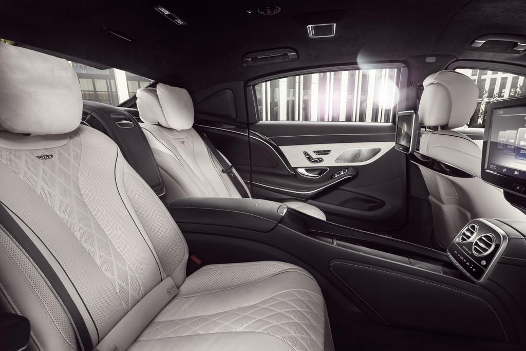 Xe chong dan Mercedes-Maybach S600 Guard gia nua trieu USD hinh anh 6