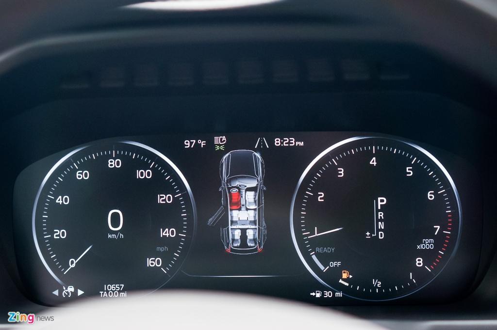 Chi tiet Volvo XC90 T6 Inscription - doi thu Audi Q7 tai VN hinh anh 9
