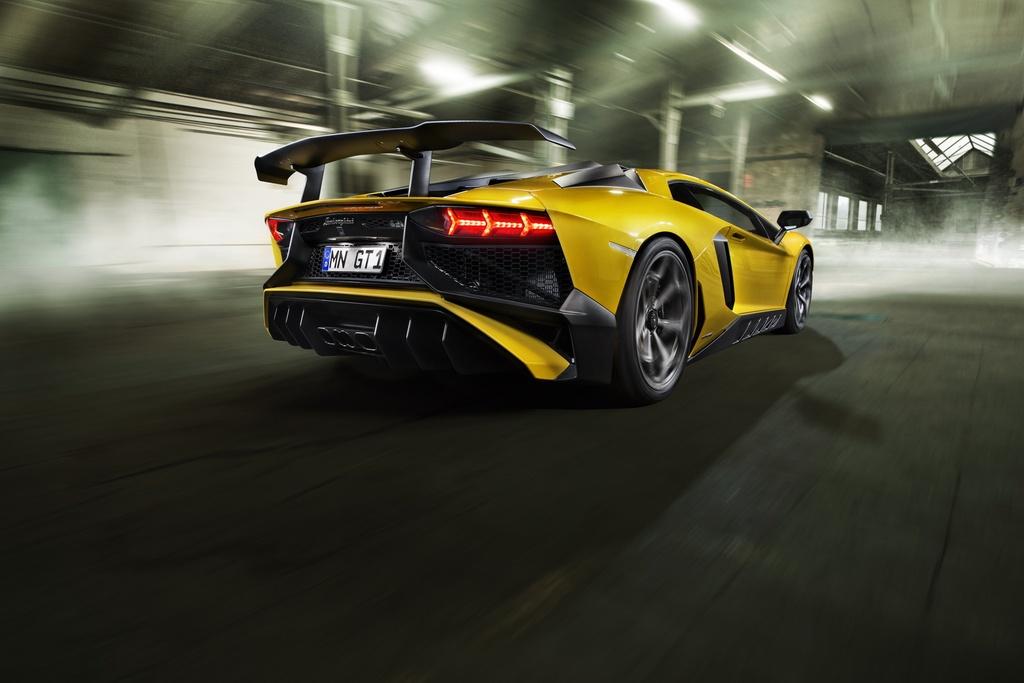 Sieu pham Lamborghini Aventador SV do cong suat 786 ma luc hinh anh 4