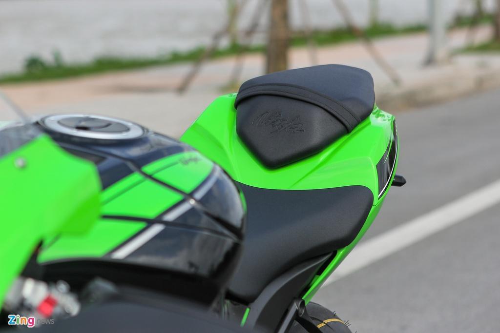 Kawasaki ZX-10R 2016 dau tien tai Ha Noi gia hon 500 trieu hinh anh 7
