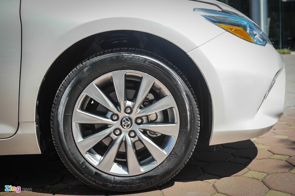 Toyota Camry XLE ban My gia gan 2 ty tai Ha Noi hinh anh 5