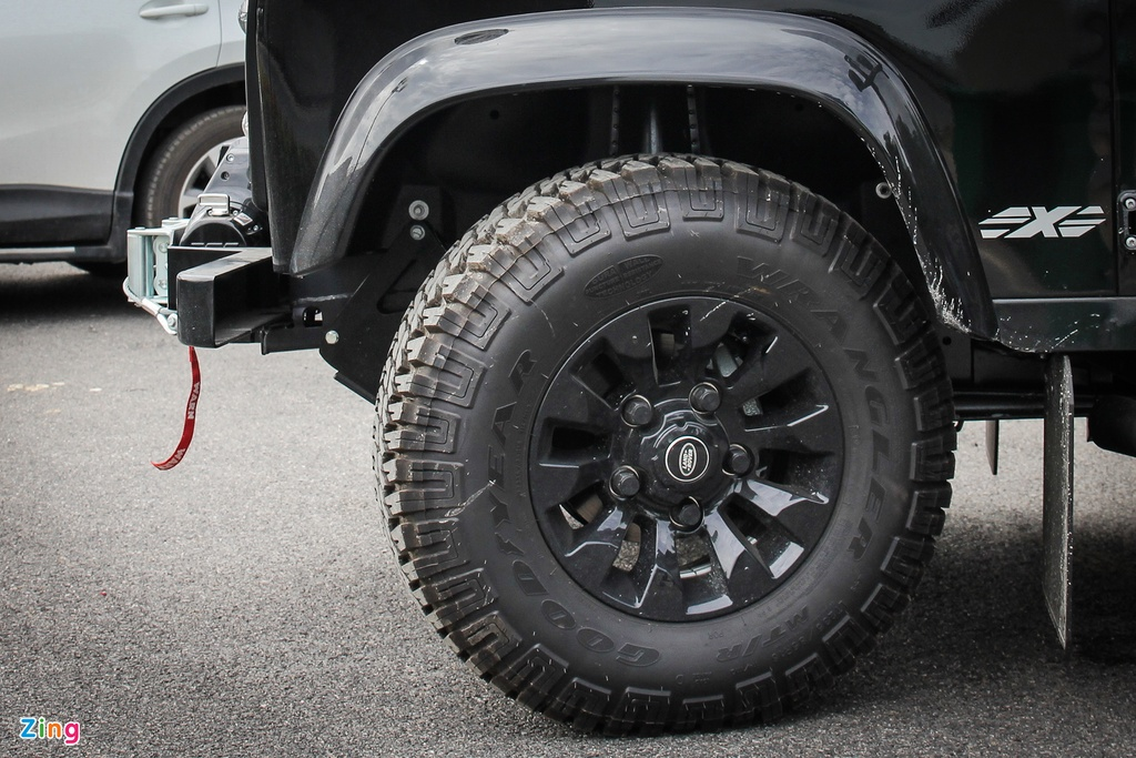 Xe off-road Land Rover Defender hon 2 ty ve Viet Nam hinh anh 15