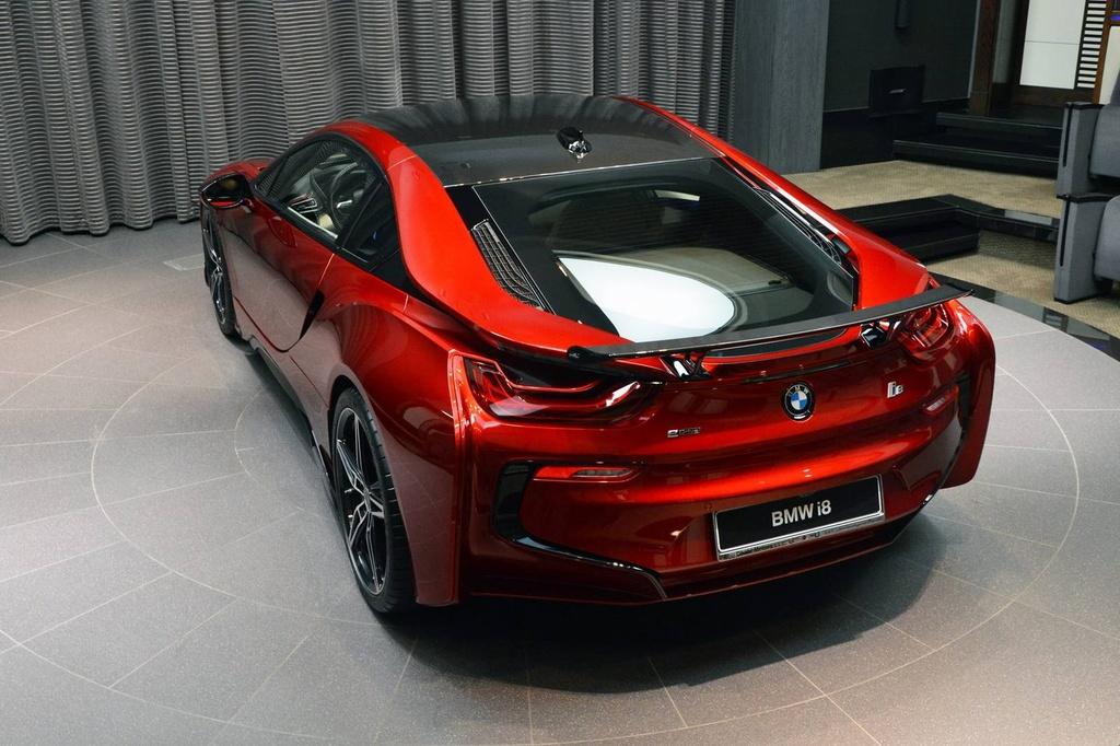 BMW i8 doc nhat vo nhi cua cong chua Abu Dhabi hinh anh 4