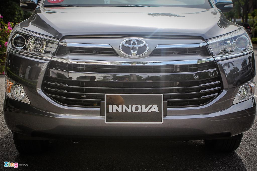 Anh thuc te Toyota Innova 2.0V 2016 gia gan 1 ty dong hinh anh 3