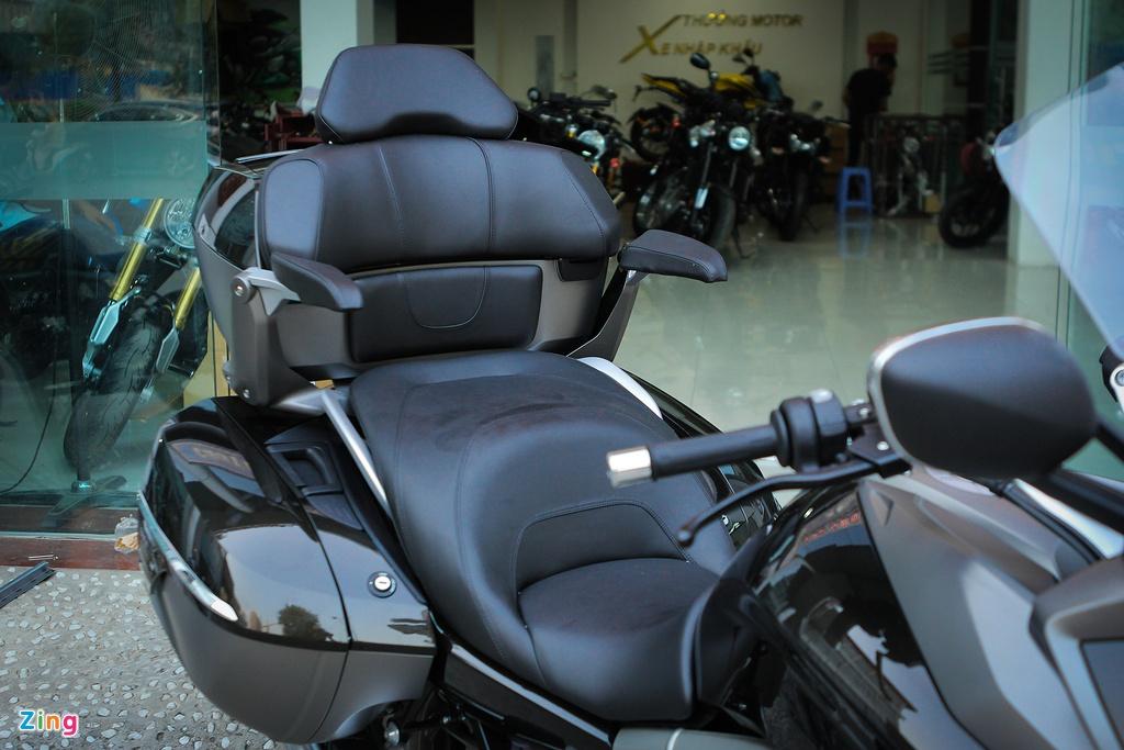 Moto duong truong BMW 1.650 phan khoi ve Ha Noi hinh anh 9