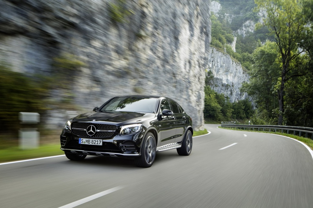 Mercedes-AMG GLC 43 Coupe cong suat 367 ma luc trinh lang hinh anh 1