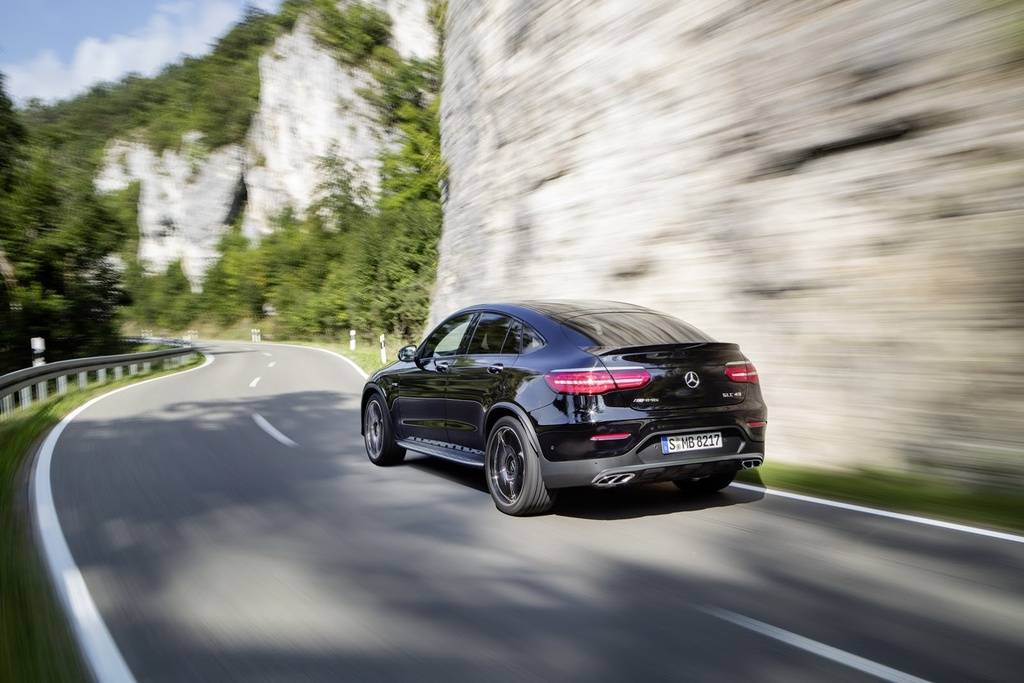 Mercedes-AMG GLC 43 Coupe cong suat 367 ma luc trinh lang hinh anh 3