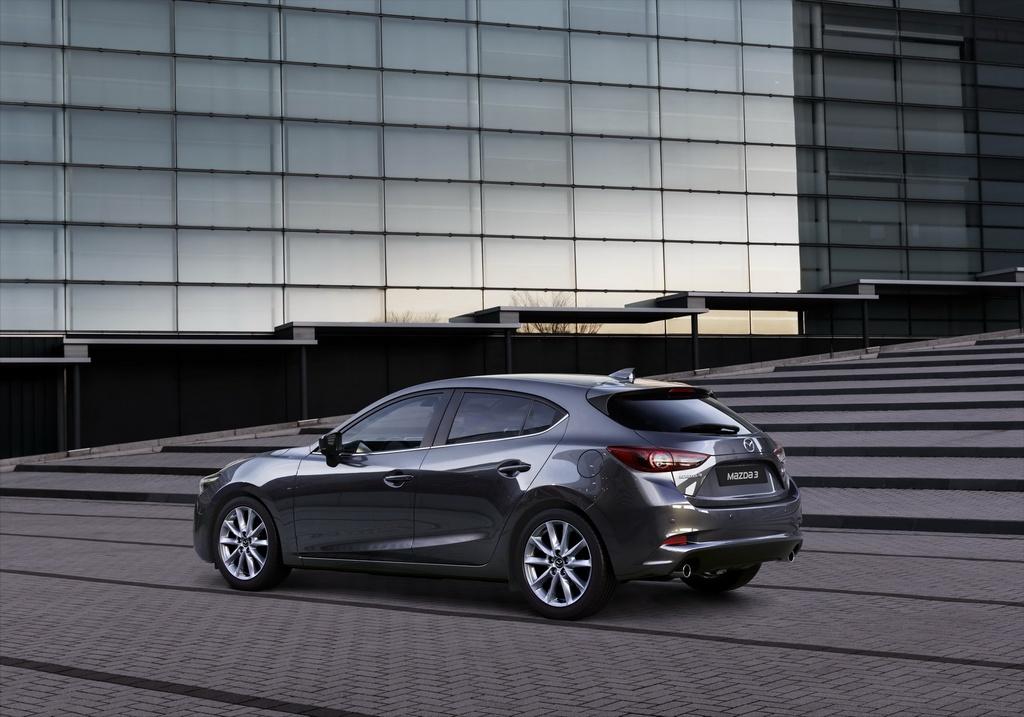 Mazda3 2017 so huu nang cap nhe hinh anh 6