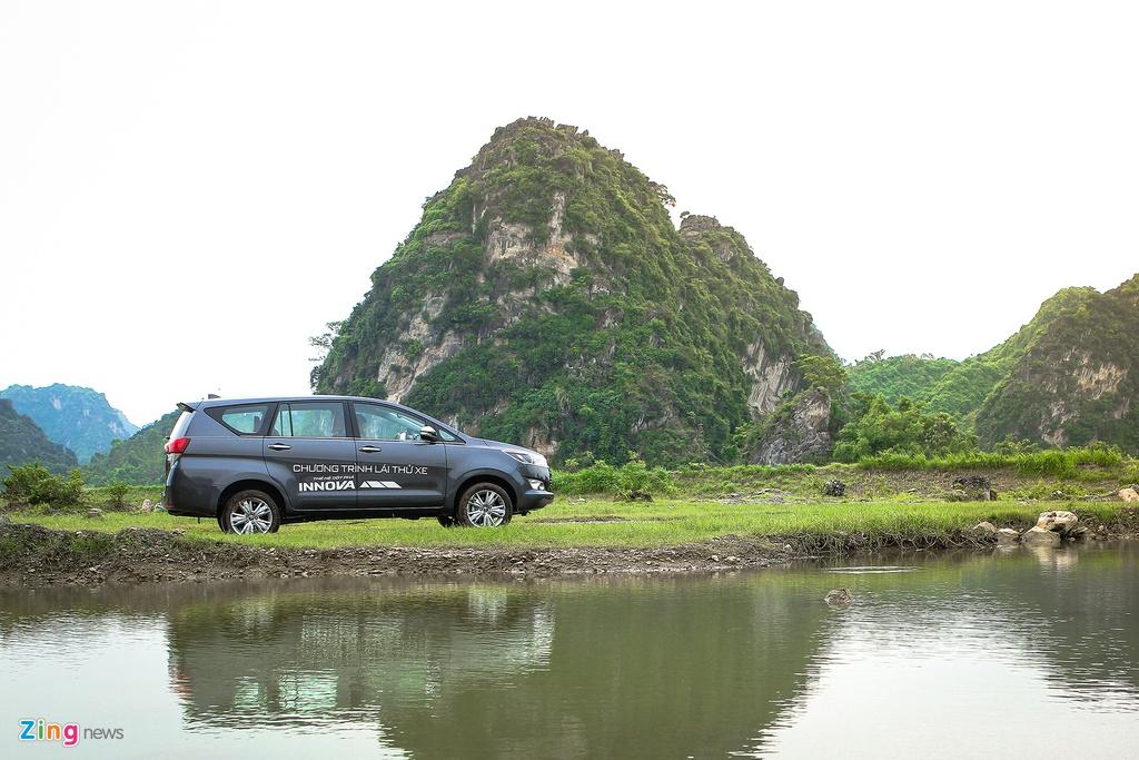 Toyota Innova 2.0V 2016 - quen ma la trong tam gia 1 ty hinh anh 5