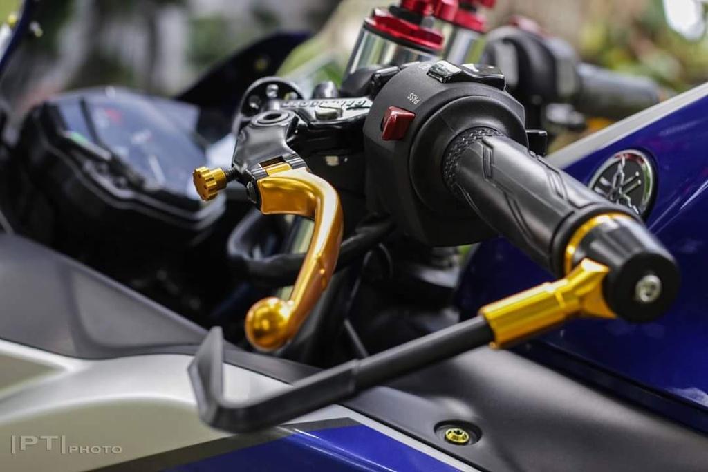 Yamaha YZF-R3 len nhieu do choi cua biker Viet hinh anh 6